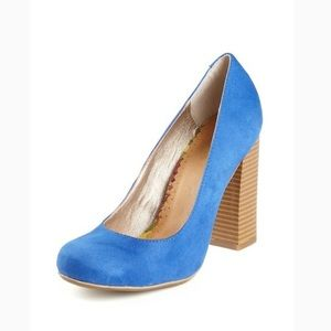 NWT in box!  Pretty blue heels!